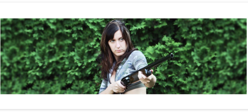 Woman_with_Gun20180413-16838-983egb_960x435